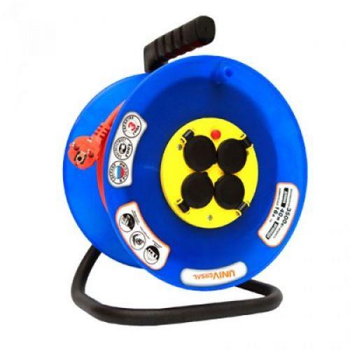Удлинитель на катушке Universal9634175 ВЕМ-250 ПВС 3х1,5 с заземлением 40 м